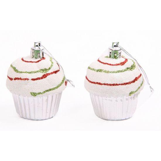 Cupcake hangdecoratie setje zilver  Cupcake hangdecoratie setje zilver. Deze zilveren cupcake decoratie hangers zijn verpakt per 2 stuks. Formaat: ongeveer 7 cm hoog en 5 cm breed.  EUR 1.50  Meer informatie