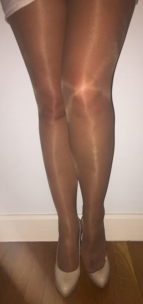 used-pantyhose-and-tights-for-sale