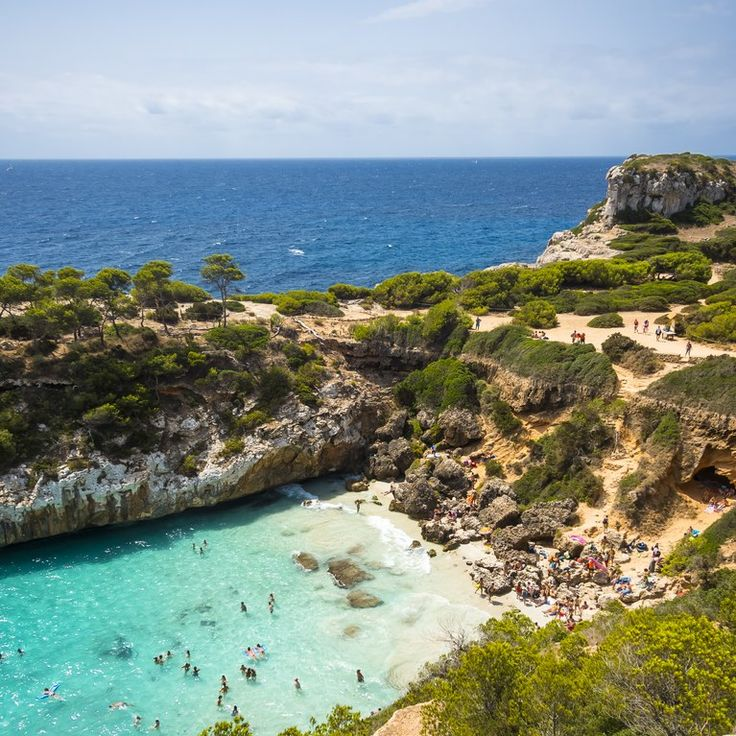 Find A Hot Date In The Balearics Courtesy Of Mallorca Singles
