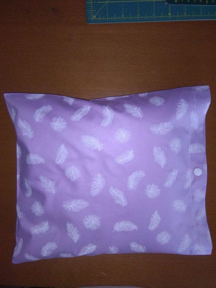 Polštářek+a+povlak+Polštářek+plněny+pohankou+špaldou+a+levandulí.+Vel.28x28+cm