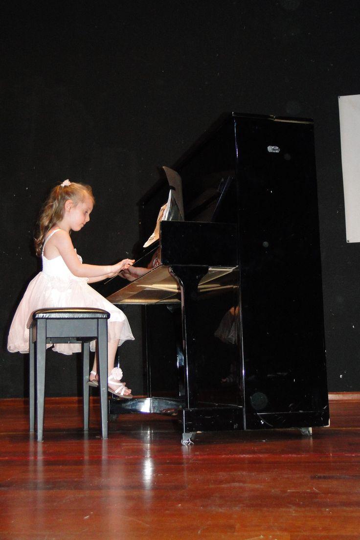 Yıl sonu resitalimizden #piyano #piyanoeğitimi #igs #istanbulgüzelsanatlar