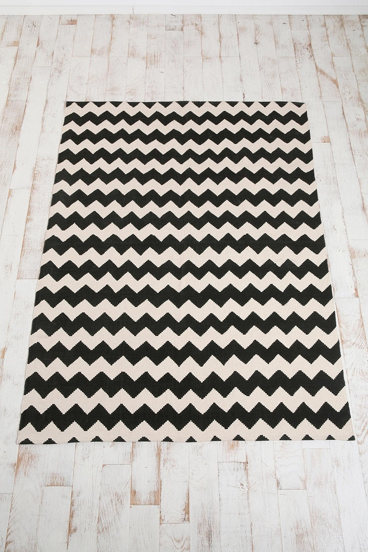 The ZigZag Printed Rug from Urban Outfitters would be GREAT in my living room. $74.99 for 5x7 #rug