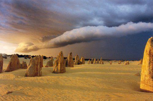 The Pinnacles, Western Australia - simply amazing