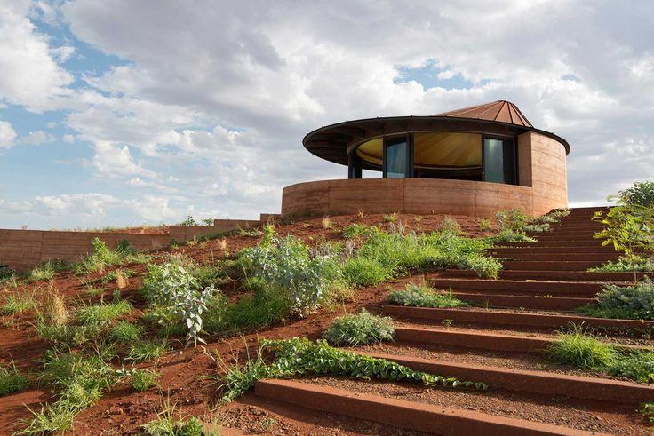The Great Wall of WA by Luigi Rosselli Architects | Yellowtrace