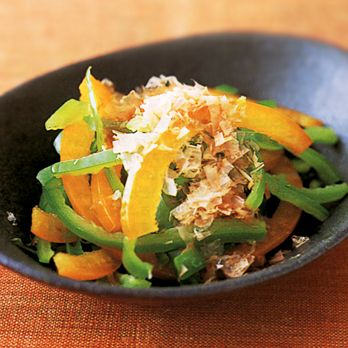 ピーマンのレンジおひたし | 野口真紀さんの小鉢の料理レシピ | プロの簡単料理レシピはレタスクラブニュース