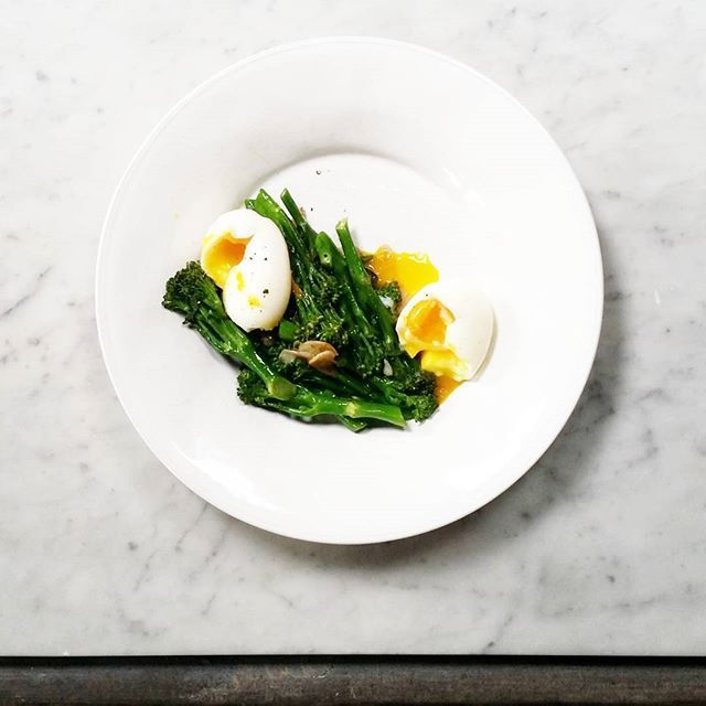 25 melhores ideias de runny boiled egg no pinterest ovos runny boiled eggs and broccoli with anchovies ccuart Images