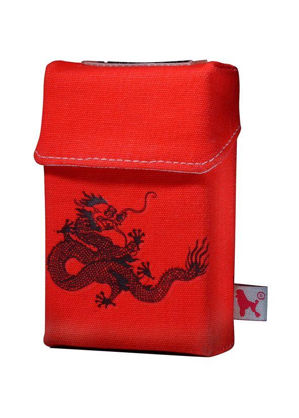 Das smokeshirt Black Dragon ideal um unansehnliche Zigarettenpackungen zu verkleiden.