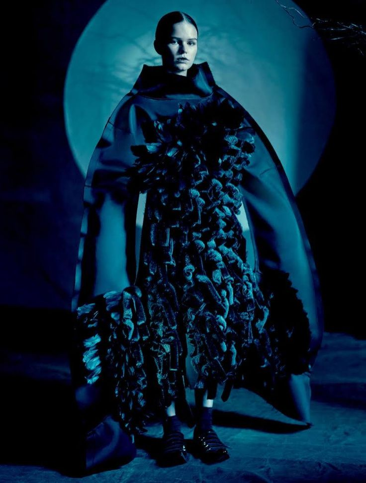 Top model Anna Ewers goes avant-garde on the spring-summer 2016 cover of Dazed Magazine. Anna wears looks from Comme des Garçons' spring collection for the cover and inside story. Comme des Garçons designer Rei Kawakubo was inspired by a 'Blue Witch' for the collection—meaning a powerful woman who is misunderstood but powerful and does good...[Read More]