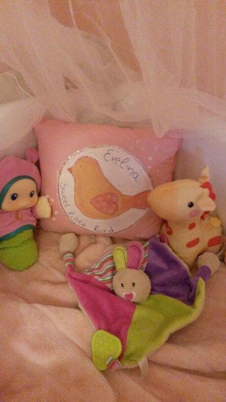 #Handpainted #pillow, #sweet_little_bird