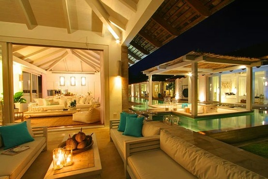 Amazing beach house Luxury Real Estate