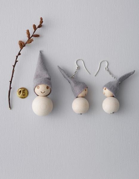 Aarikka Pakkanen earrings: Pakkanen earrings and brooch