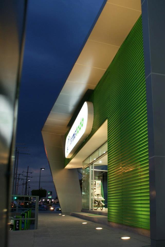 Farmatodo   Dionne Arquitectos #Architecture #exterior #colors
