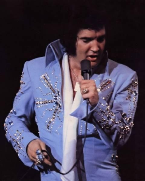 Elvis presley on pinterest lisa marie priscilla presley and elvis
