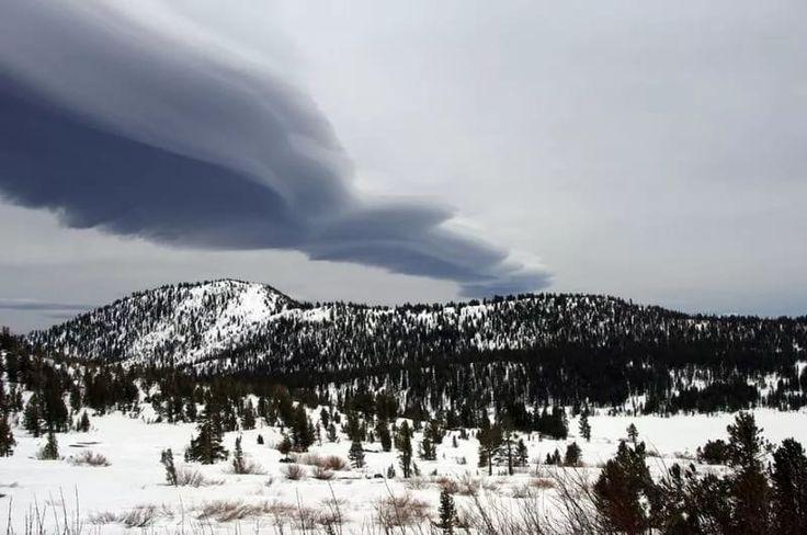 Озеро Тахо, Невада.облака