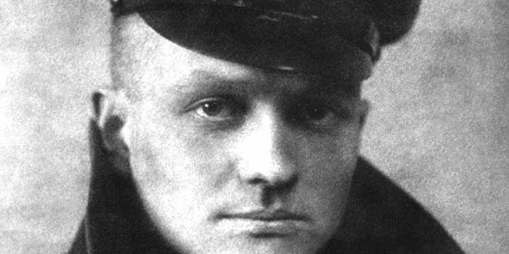 Il 21 aprile 1918 venne abbattuto e ucciso Manfred von Richthofen, il Barone Rosso, l'Asso degli Assi, il più grande aviatore di tutti i tempi.
