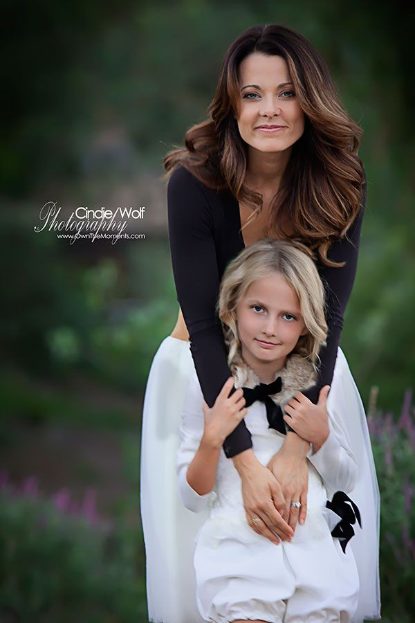 She's beautiful and fierce, both gentle and strong. And when it comes to her children she is devoted and disciplined. Dedicated mama, gracious daughter, faithful and loving wife. Hair and makeup by #kandersonxoxo #kanderson #salonthrive clothing by #offaithandgrace #sandiegophotographer #sandiegofamilyphotographer #sandiegochildrenphotographer
