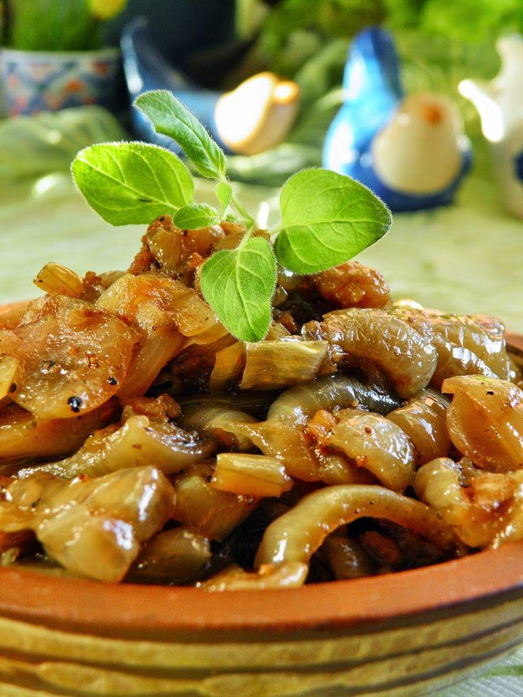 Sio-smutki: Pyszna duszona cebula do białej kiełbasy (do mięsa...