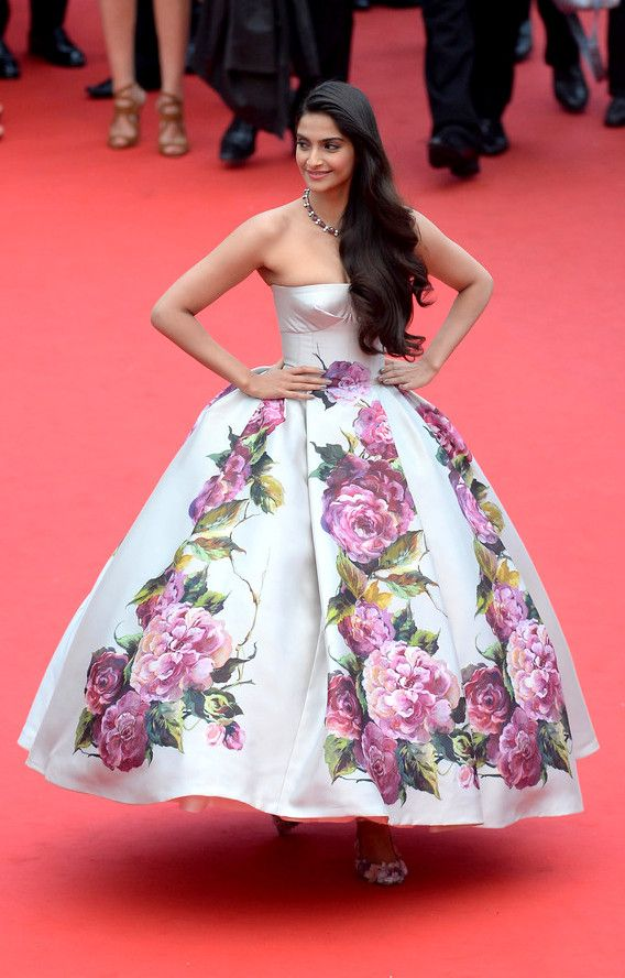 Sonam Kapoor in Dolce & Gabanna at the Cannes premiere for Jeune & Jolie on May 16, 2013.