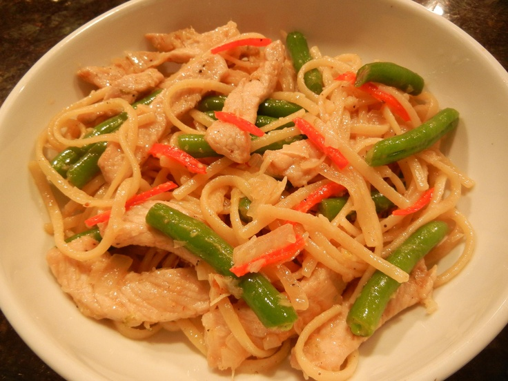 A Thai-inspired pork and pasta dish with fresh green beans and red jalapeno pepper.#WIN #shopkick #contest