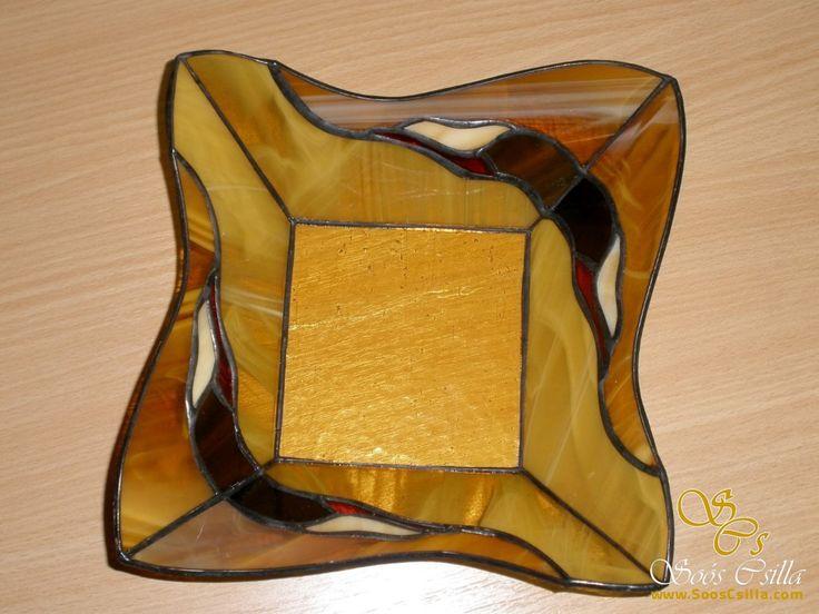Ólomüveg ajándéktárgy  http://hu.sooscsilla.com/olomuveg-ajandektargyak/ http://hu.sooscsilla.com/portfolio/vegyes-olomuveg-ajandektargyak/