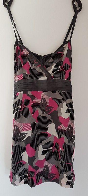 ccb6d4c5ddfac7 ... Kleid / Oberteil / Schleife / Gr. 36 / S - VERO MODA Kürzeres Kleid  oder langes Oberteil. Kann man z.B. sehr gut mit eine… | Kleiderkreisel |  Swimw…