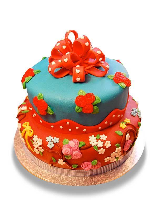 PuurTaart :: Taartengalerij - Verjaardag taart hoed - Birtday cake
