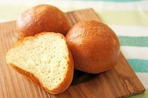 楽天が運営する楽天レシピ。ユーザーさんが投稿した「【糖尿病対策】ふかふか大豆パン」のレシピページです。ダイエットや糖尿病対策にぴったりです。大豆粉は、臭みが少ない国産の粉を使ってください。。パン。大豆粉,小麦グルテン,甘味料(ラカント)※砂糖換算で。,アーモンドプードル,卵,水,イースト,塩