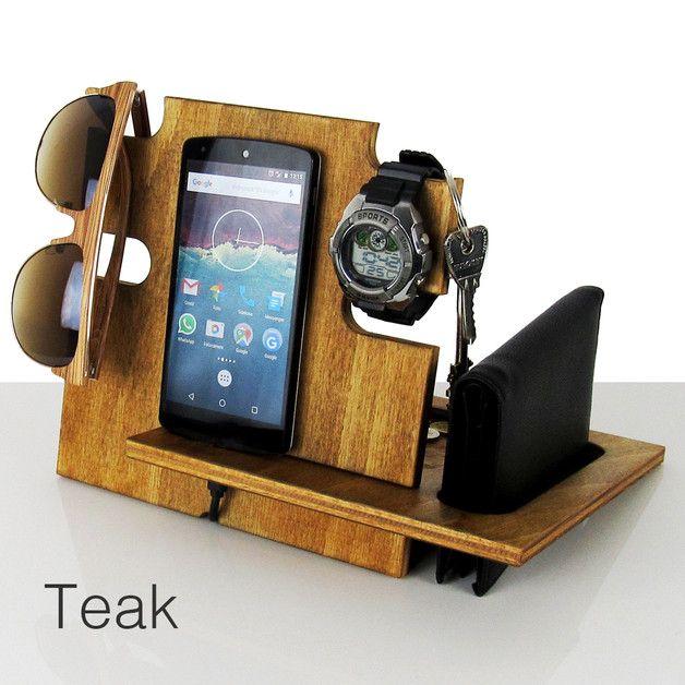 Dieses Docking-Station ist kompatibel mit allen Handys wie iPhone 6 plus, iPhone 6, iPhone 5, iPhone 4, e alle Android-Handys, außerdem ist es kompatibel mit iPad und alle Arten von Tablet.  Der...