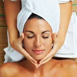 Foot Massage?.. Back Massage?.. ή ολοκληρωμένη περιποίηση προσώπου? Για ό,τι κι αν έχετε ψάχνετε αυτή την περίοδο, το Aar Hotel & Spa δημιούργησε 4 μοναδικά πακέτα που θα καλύψουν κάθε σας μικρή ή μεγάλη επιθυμία! 1ο Πακέτο Περιποίησης: 60' Υδροθεραπεία 20' Foot Massage Διάρκεια: 1 ώρα και 20 λεπτά Κόστος: 20 € 2o Πακέτο Περιποίησης: 30' Jaccuzi 20' Hammam ή Sauna 30' Massage Διάρκεια: 1 ώρα και 20 λεπτά Κόστος: 40 € 3ο Πακέτο Περιποίησης: 40' Περιποίηση προσώπου - Καθαρισμός 20' Απολέπιση…