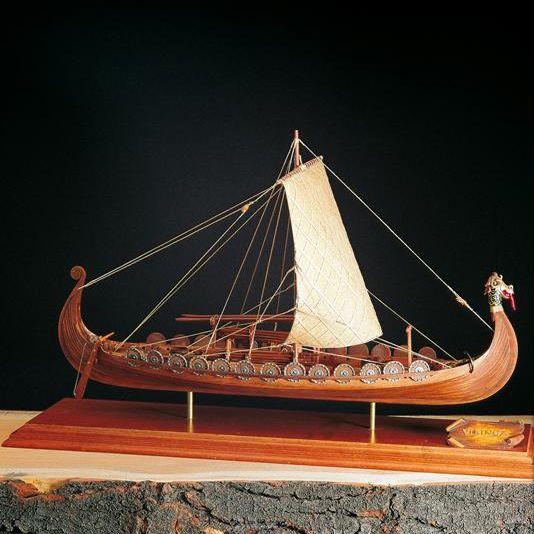 amati nave vichinga disponibile da vendilo segrate http://www.vendilosegrate.it/it/vascelli-storici/54234-modellismo-navale-amati-nave-vichinga-scatola-di-montaggio.html