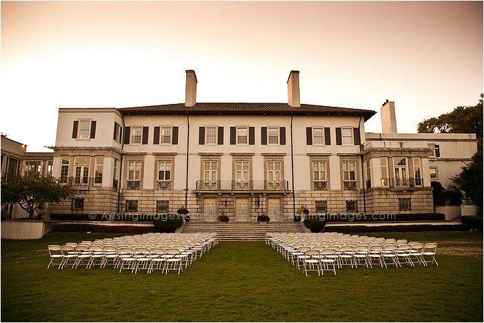 Beautiful Wedding Photography At Grosse Pointe War Memorial Mi