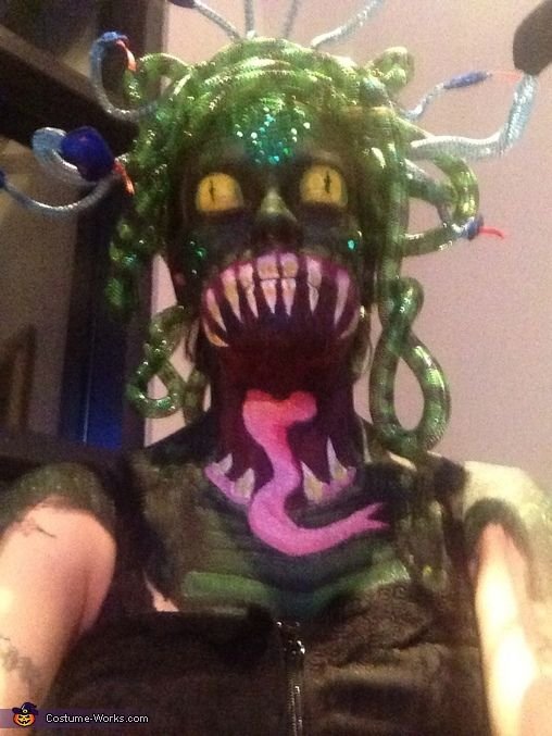117 best fabulous halloween costumes images on pinterest costumes halloween costumes and make up - Scary Diy Halloween Costumes