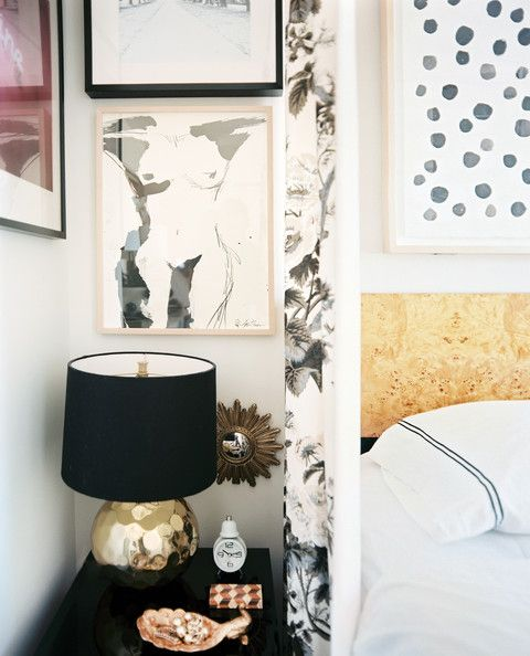 Gold & BlackBedside Tables Decor Photos, Glamorous Bedrooms, Black Bedside, Michelle Adam, White Black Gold Bedroom, Black White, Bedrooms Art, Bedrooms Inspiration, Bedrooms Decor