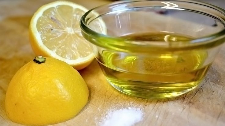Mix Lemon Juice and Olive Oil for Amazing Benefits http://homeremediestv.com/mix-lemon-juice-and-olive-oil-for-amazing-benefits/ #HealthCare #HomeRemedies #HealthTips #Remedies #NatureCures #Health #NaturalRemedies  We are always on the look out for all-natural alternatives to over-the-counter or prescription medication. It seems that we found one in lemon juice and olive oil.  Related Post  5 Effective Home Remedies for Gum Disease Gum disease also known as gingivitis is a common condition…