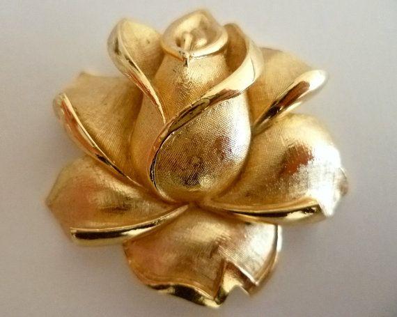 Vintage Trifari goldtone rose Brooch by DomusVintage on Etsy