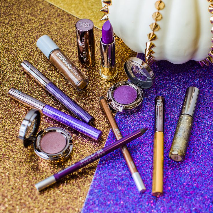 Going bold and gold this Halloween. What UD products will you use to create your look? #UDHalloween #UrbanDecay