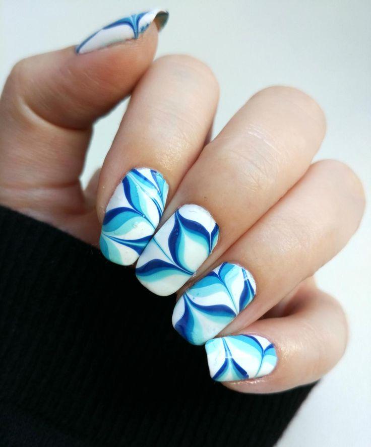 Blue Flowers Watermarble Nails
