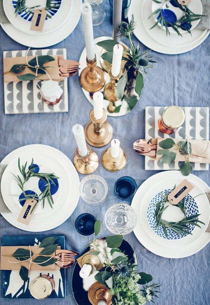 table setting blue