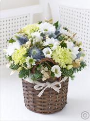 Petite Winter Basket