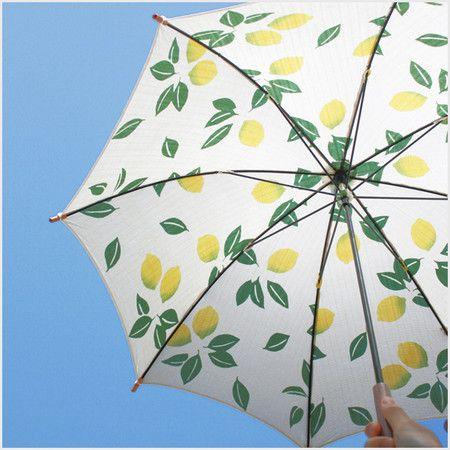 夏らしい 浴衣地日傘を持っていきたい