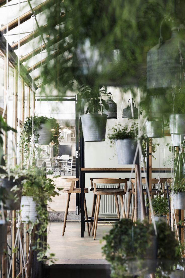 Väkst by Genbyg : The Danish Restaurant is Centered around a Lush Greenhouse