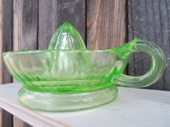 Green Vaseline glass large vintage hand juicer by bettyrayvintage, $28.00