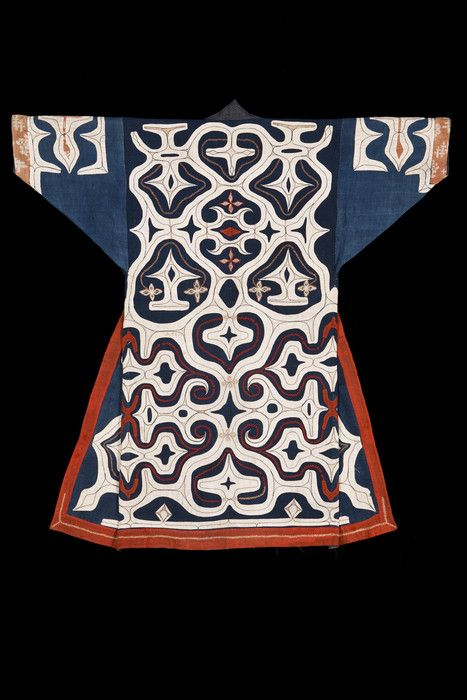 Kaparamip robe. Ainu, Hokkaido. Late 19th  century. Cotton; applique, embroidery.