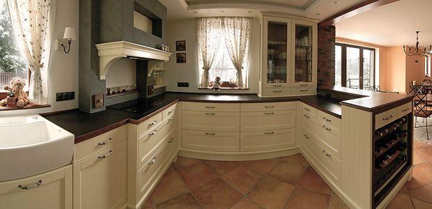 Výsledek obrázku pro digestoř v retro kuchyni