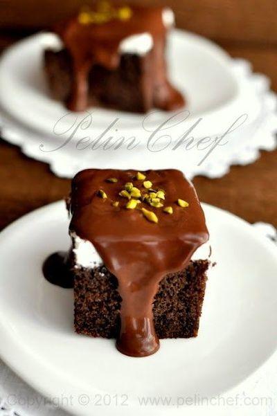 Ağlama güzel kek, seni de yeriz :)  Ağlayan Kek Tarifi