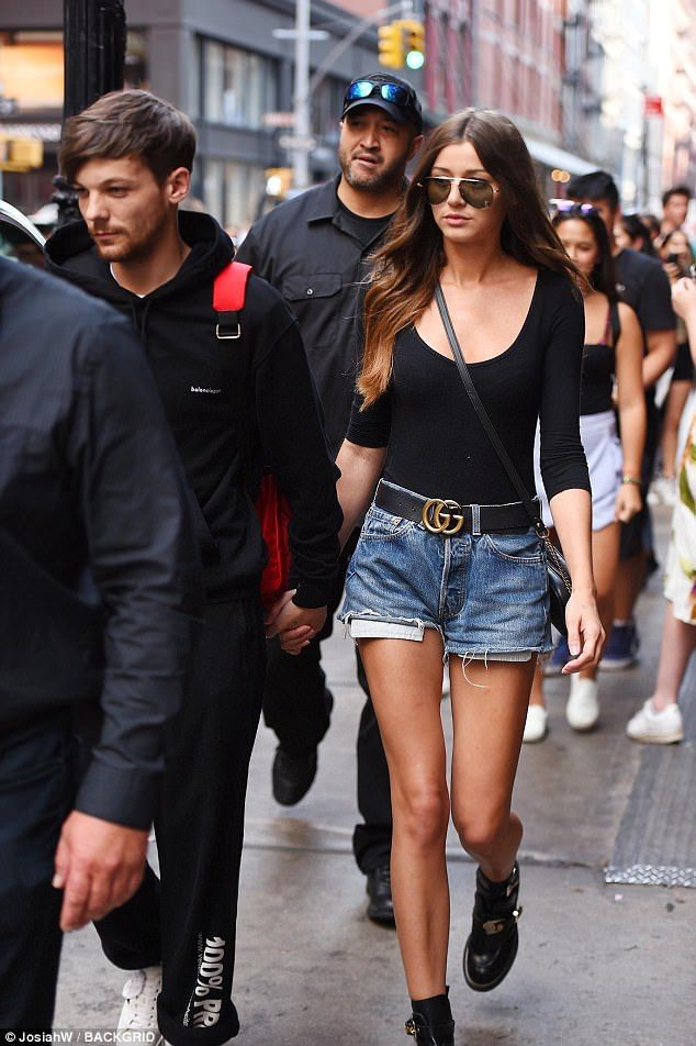 Eleanor Calder is back with the ex One Direction singer   Buy ➜ https://shoespost.com/eleanor-calder-back-ex-one-direction-singer/