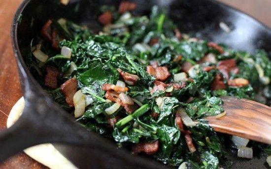 Braised kale with bacon (Cavolo nero brasato con pancetta)