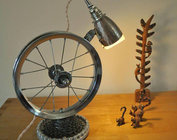 Lovely Fahrrad Rad Schreibtischlampe Steampunk Tischleuchte Upcycled Lampe Schreibtischlampe Fahrrad