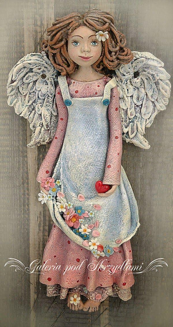 jagodowo: Anioł w różach :)