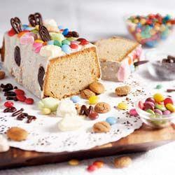 Speculaascake met chocoladeglazuur, simterklaas, feestdagen voor kinderen